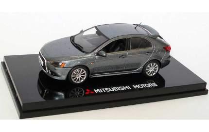 Модель автомобиля Mitsubishi Lancer Hatchback Stone MME50205 Grey 1:43