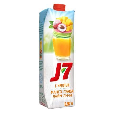 Напиток  J7  сокосодержащий лайм-личи-манго-гуава 0.97 л