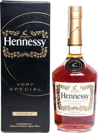 Коньяк Hennessy V.S gift box 0.5 л