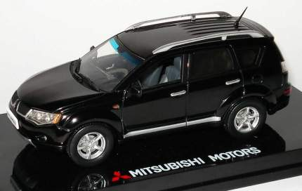 Модель автомобиля Mitsubishi MME50682 a type 1:43