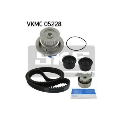 Водяной насос с комплектом зубчатого ремня SKF VKMC 05228