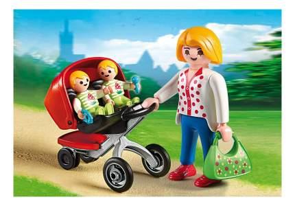 Детский сад: мама с близнецами в коляске