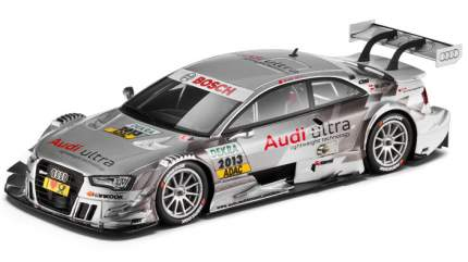 Коллекционная модель Audi 5021300113
