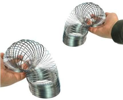 Шагающая пружинка Slinky Великан металлическая