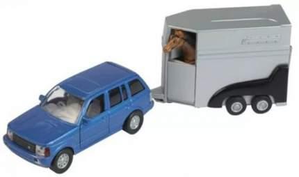 Джип с прицепом для лошади и лошадью
