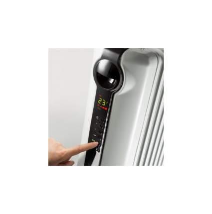 Масляный радиатор DeLonghi Radia S TRRS0715E белый