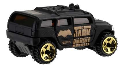 Машинка Hot Wheels Бэтмен против Супермена DJL47 DJL55