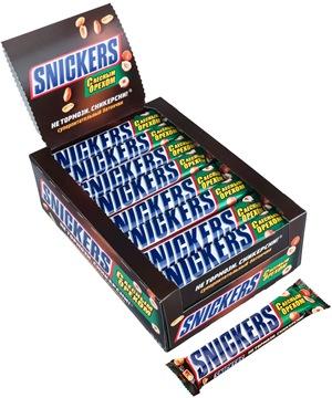 Шоколадный батончик Snickers лесной орех 32 шт по 81 г