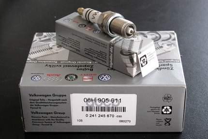 Свеча зажигания VAG 06H905611