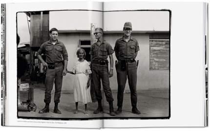 Книга Annie Leibovitz, The Early Years, 1970-1983