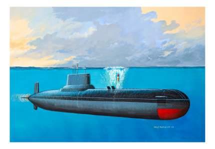 Сборная модель советская подводная лодка тип 941 «акула» 1:400