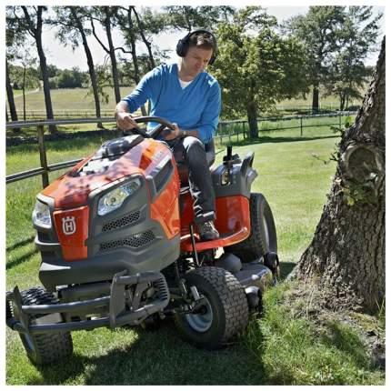 Садовый трактор - газонокосилка с сиденьем Husqvarna TС 138