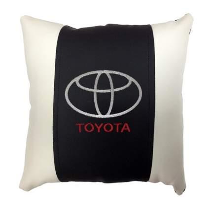 Декоративная подушка из экокожи с логотипом TOYOTA