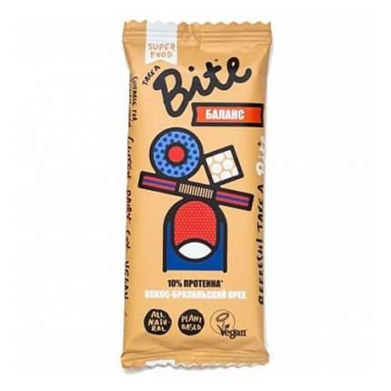 Батончик орехово-фруктовый Take a Bite кокос-бразильский орех 45 г