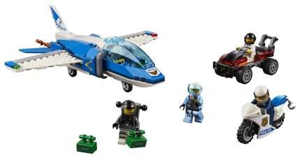 Конструктор LEGO City 60208 Воздушная полиция: арест парашютиста