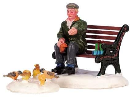 """Фигурка новогодняя Lemax Английский городок """"Каддингтон"""" Покормить птичек 42905 2 шт"""