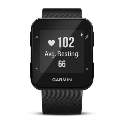Смарт-часы Garmin Forerunner 35 черные