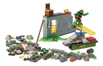 Конструктор пластиковый Mega Bloks® Черепашки Ниндзя: большой набор деталей DYT38