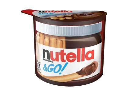 Набор из хлебных палочек и пасты ореховой Nutella&go с добавлением какао 52 г