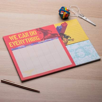 Настольный планировщик Wonder Woman A4 Desk Planner (CDU 12)