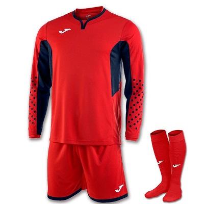 Футбольные костюмы
