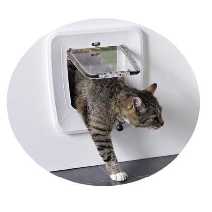 Дверца для кошки, собаки Savic Magnetic 28,5*29,5 см белый