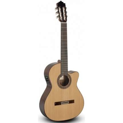 Классическая гитара со встроенным звукоснимателем P.Castillo 222ce